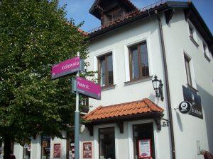 Tabliczki z nazwami ulic w Kutnie
