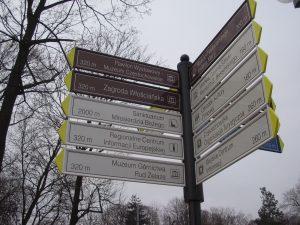 Tabliczki kierujące dla pieszych w Częstochowie