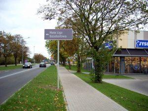 Drogowskazy dla kierowców w Kutnie